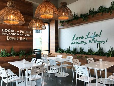 Photo: Dining area at Down to Earth Kakaako.