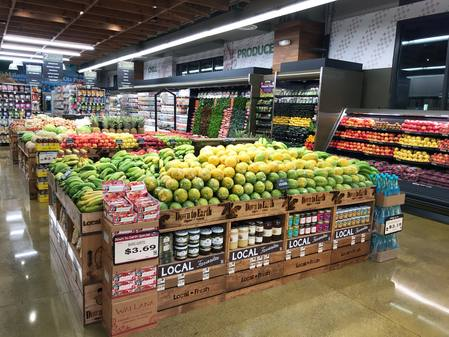 Photo: Produce Department at Down to Earth Kakaako.
