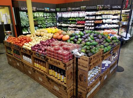 Photo: Produce section of Down to Earth Kahului